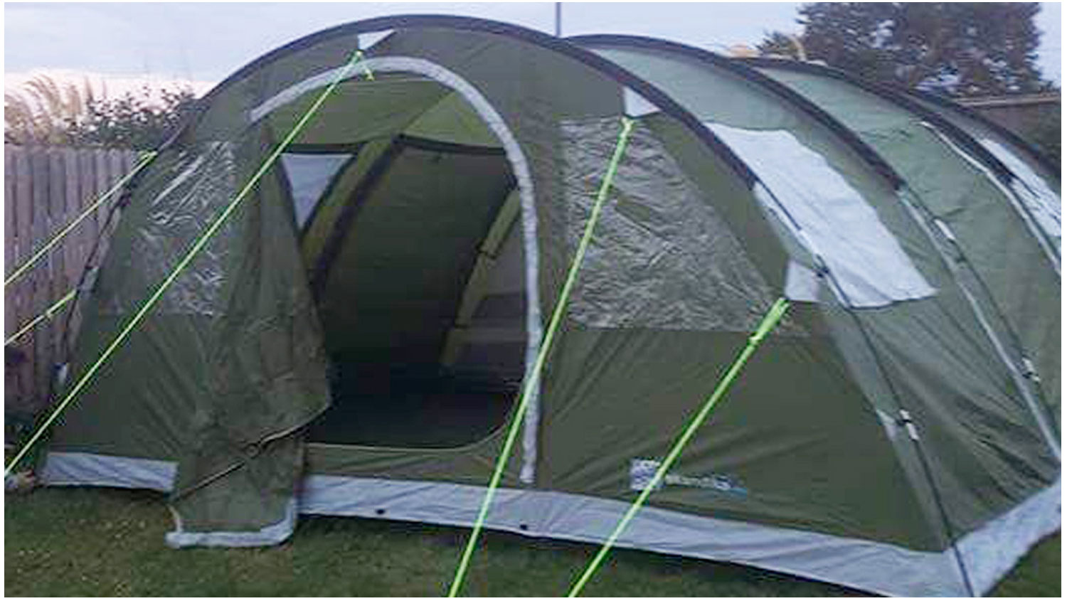 Tent_1-Camping-Campervans-Motorhomes-Lynders-Mobile-Home-Park-PortraneDonabate-North-County-Dublin-Fingal