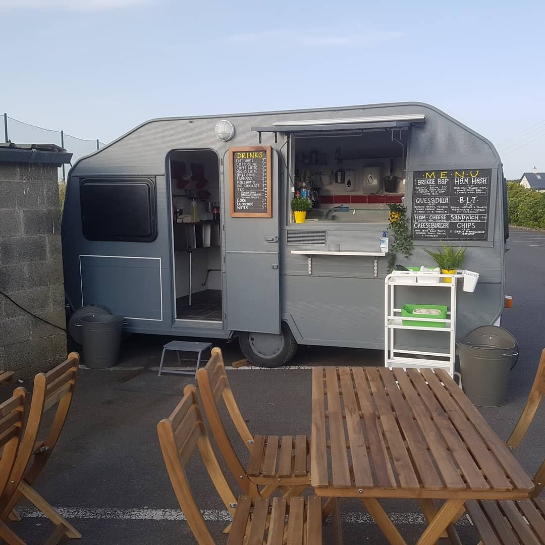 Toms Things Catering Food Truck @ Lynders Mobile Home Park