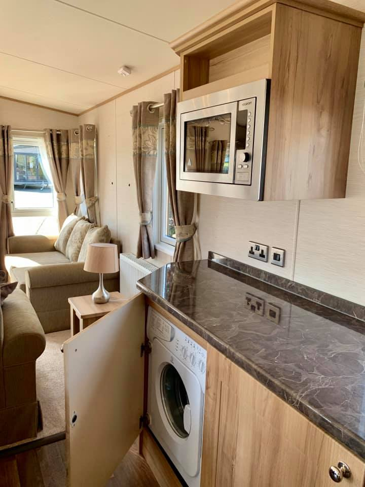 Lynders Mobile Home Park - Fully equipped mobile homes