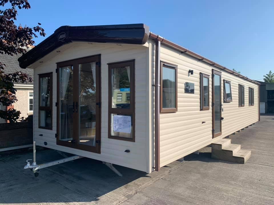 Lynders Mobile Home Park - Resident Mobile Homes
