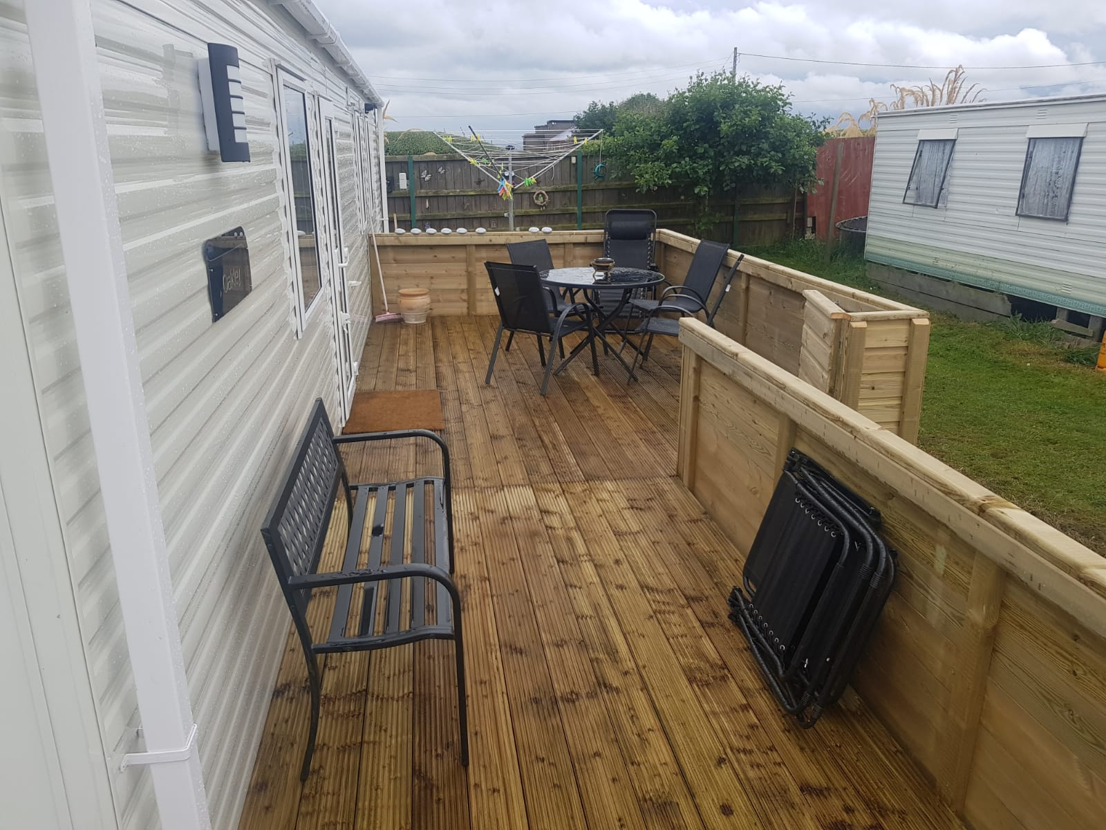 New Mobile Home & Decking Finished @ Lynders Mobile Home Park